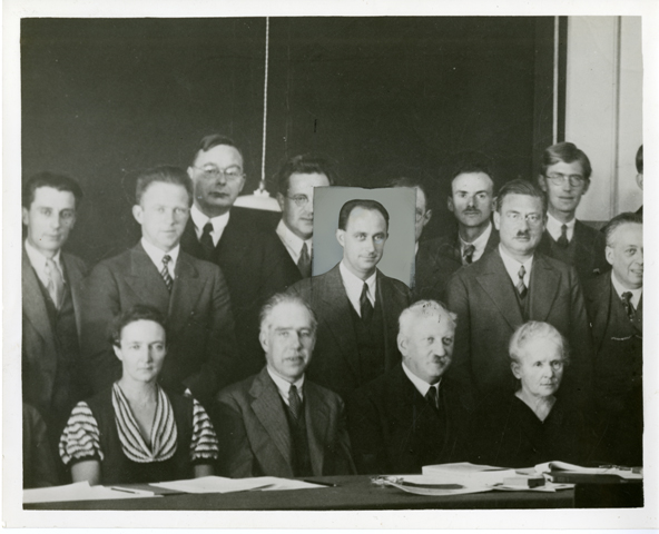 Edited image of 1933 Solvay Conference on Physics, Brussels, Belgium, October 1933, by Science Servi