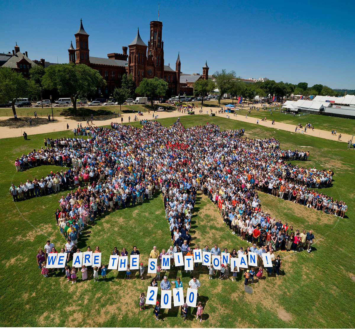 Smithsonian Staff Photo on The National Mall, July 1, 2010, by Dane Penland
